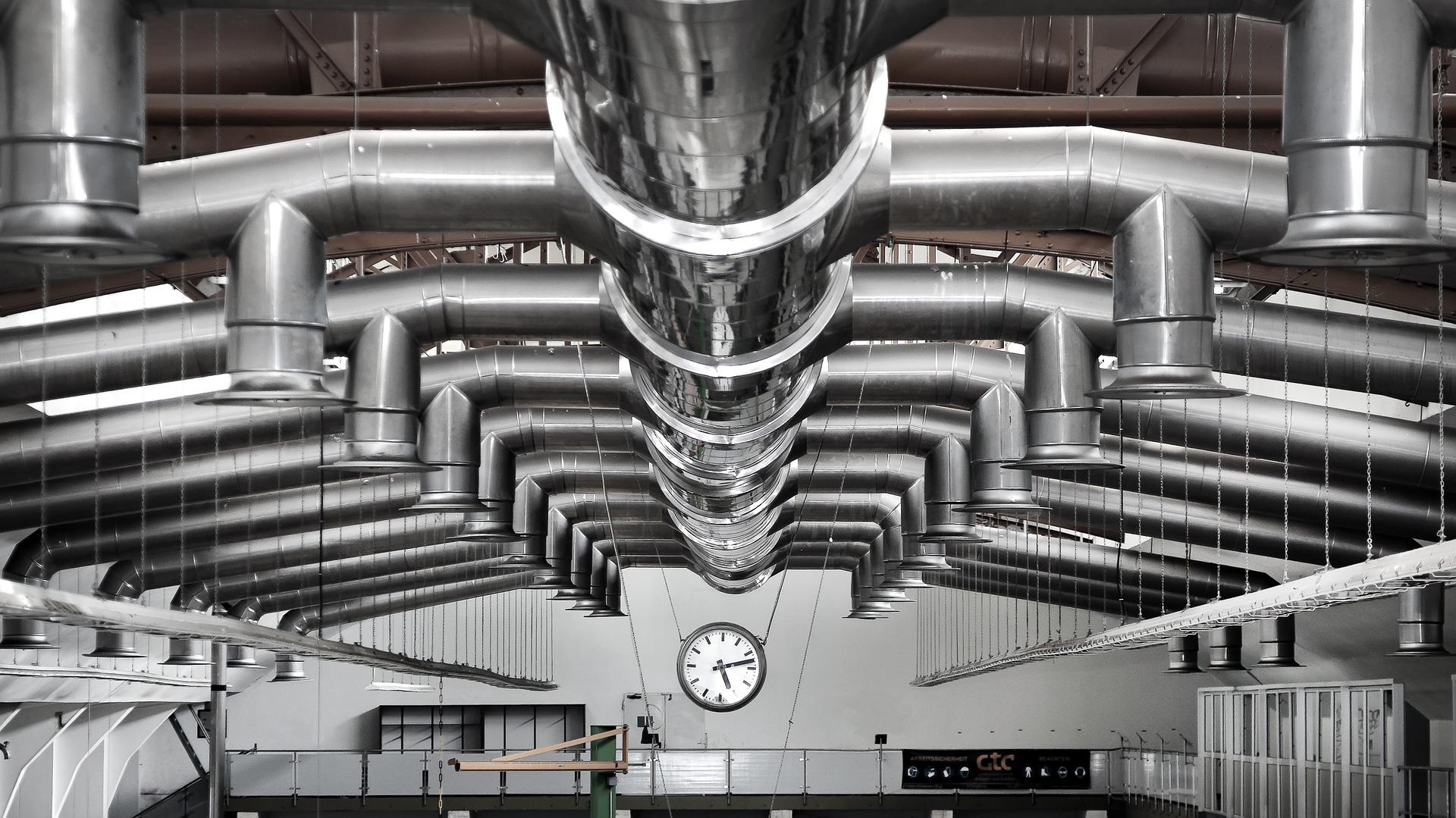 Un système de ventilation installé dans une usine