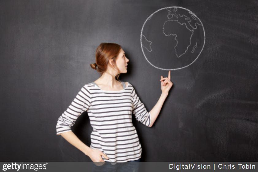entreprise-site-multilingues-avantages-femme-terre-planete-international-ardoise-craie-clients
